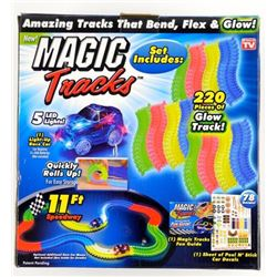Magic Tracks Glows in the Dark, Race Set