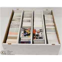BOX OF (3000+)HOCKEY CARDS