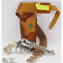 1950'S TOY CAP GUN WITH HOLSTER