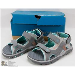 COLUMBIA YOUTH SANDALS SIZE 2
