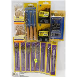 BUNDLE OF ASSORTED DRILL BITS, WOOD CARVING KNIFES