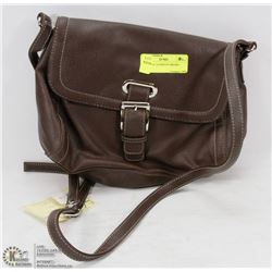 ESSENTIAL ELEMENTS BROWN PURSE.