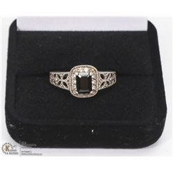 LADIES FILIGREE DESIGN 925 SILVER GEMSTONE RING