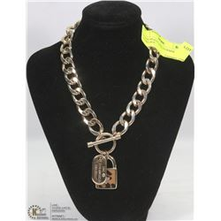 GUESS HEAVY LINK 2 CHARM NECKLACE
