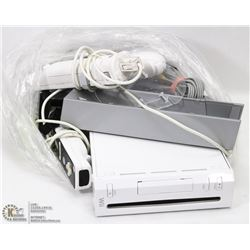 NINTENDO WII VIDEO GAME CONSOLE SET
