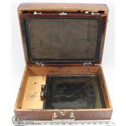 BOX OF ANTIQUE LION BRITISH MENUCATOR NO.4 MODEL