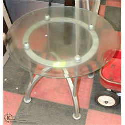 METAL AND ROUND GLASS END TABLE