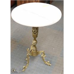 VINTAGE 3 FOOTED BRASS & MARBLE SIDE TABLE -