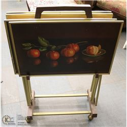 SET OF 4 VINTAGE TV TRAYS ON STAND WITH CASTORS