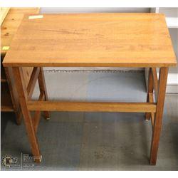 SOLID TEAK WOOD SIDE TABLE