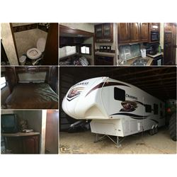 2011 CHAPARREL 34' BY COACHMAN  FIFTH WHEEL WITH 12' SIDE