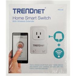TRENDNET - Home Smart Switch with Wireless Extende