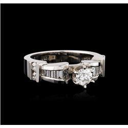 18KT White Gold 0.95 ctw Diamond Ring