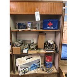 Shelving lot (first aid)