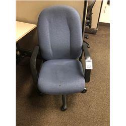 BUNDLE LOT: Office Chairs (2)