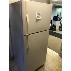 Kenmore Refrigerator / Freezer, White like new