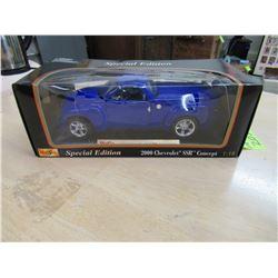 2000 Chevrolet SSR Concept by Maisto