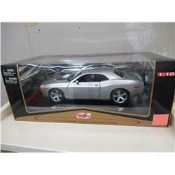 Maisto 2006 Dodge Challenger Concept