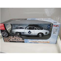 Maisto NHL Top Dog '67 Chevrolet Camaro Z/28 Coupe