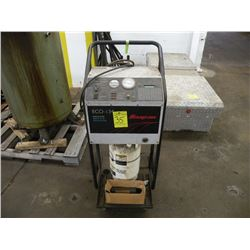 Snap-On Eco-134 A/C recovery unit