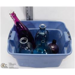 TOTE OF PURPLE / BLUE GLASS VASES & JARS