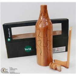 WOOD ART / PUZZLE OF A WINE BOTTLE