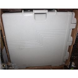 NEW OFF-WHITE CAMBRO FOOD TRANSPORT-MINOR DAMAGE