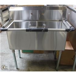 NEW 18  X 18  DOUBLE WELL STAINLESS STEEL SINK