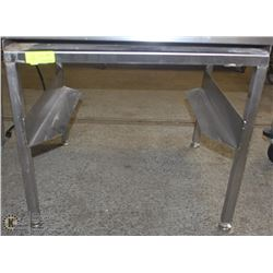 STAINLESS STEEL GRILL STAND