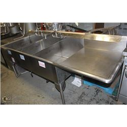 LARGE 3 WELL STAINLESS STEEL COMMERCIAL SINK