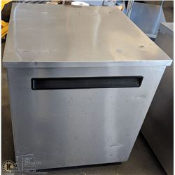 DELFIELD 27  UNDERCOUNTER COOLER K401
