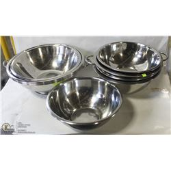 LOT OF ASSORTED STAINLESS STEEL BOWLS & COLANDERS