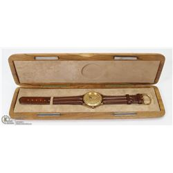 CANADA GOOSE WRIST WATCH IN WOODEN CASE