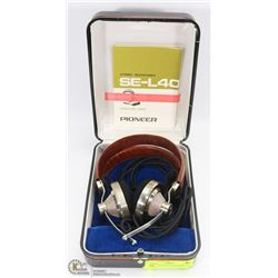 PAIR OF VINTAGE PIONEER SE-L50 STEREO HEADPHONES