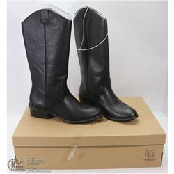 NEW GENUINE 1976 GENUINE LEATHER BOOTS SIZE 9.5