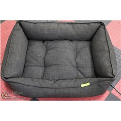 LARGE PADDED DOG BED. 33 X 24