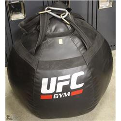 UFC KNEE WORKOUT BAG