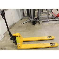PALLET JACK, NARROW BASED, 4400LB MAXIMUM