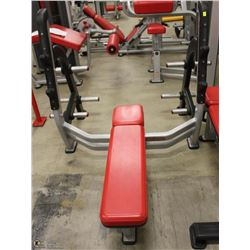 STAR TRAC BENCH PRESS