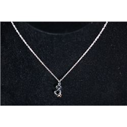 A 925 silver necklace inlaid with a small diamond.