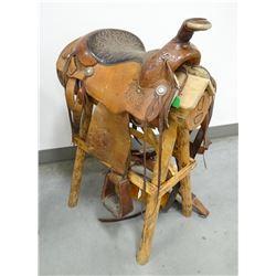 "Circle Y saddle, 15.5"", double rigged"
