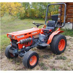 Kubota B7100 HST 4WD Diesel Tractor w/3PTH