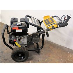 DeWalt 4200 PSI Pressure Washer w/ Honda Engine, 4.0 GPM