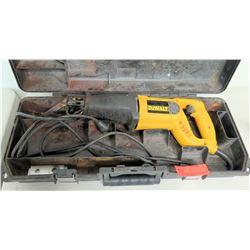 DeWalt DW303 Reciprocating Saw w/ Case