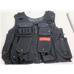Tactical Vest w/ Multiple Pockets/Compartments
