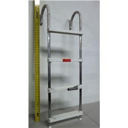 Portable 4-Step Marine Hook Ladder