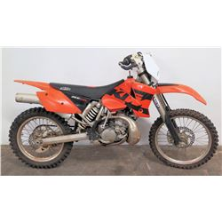 KTM 200 EXC Dirt Bike w/ PDS Suspension, WP Tiki, Serial VBKEXJ2314M218950