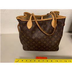 Louis Vuitton Monogram Bag (Serial #SD2027)