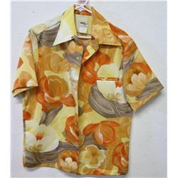 Vintage Aloha Shirt - Tori Richard Honolulu, Tan/Red Floral, Sz M