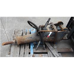 Bobcat HB980 Hydraulic Breaker (Parts/Repair)